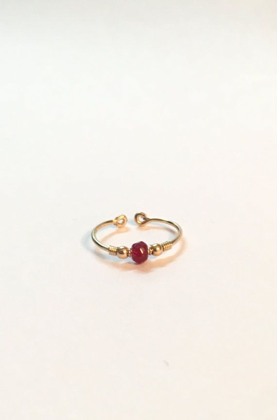Gold Toe Ring with tiny agate stone also good as by FloweRainboW