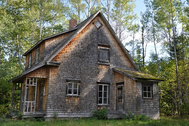 VAL-JALBERT HOUSE