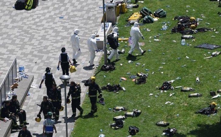 Hombre abría bolsas con cadáveres del incendio de Londres. Su despreciable intención salió a la luz