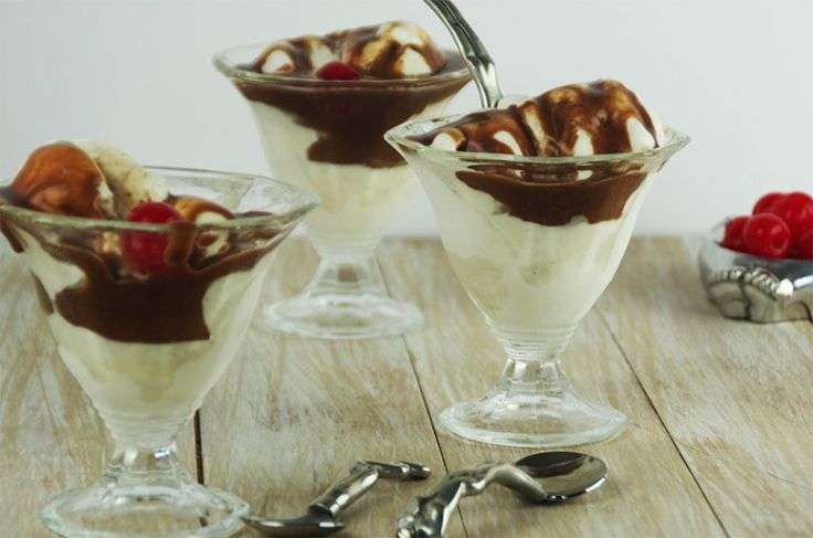 BAR-ONE CHOCOLATE SUNDAES
