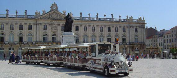 Petit train touristique à Nancy, Lorraine
