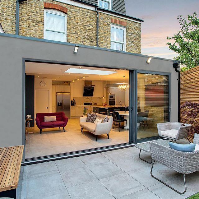 A Stylish Wraparound Contemporary Flat Roof Extension In Tooting Flat Roof Extension House Extension Design Roof Extension