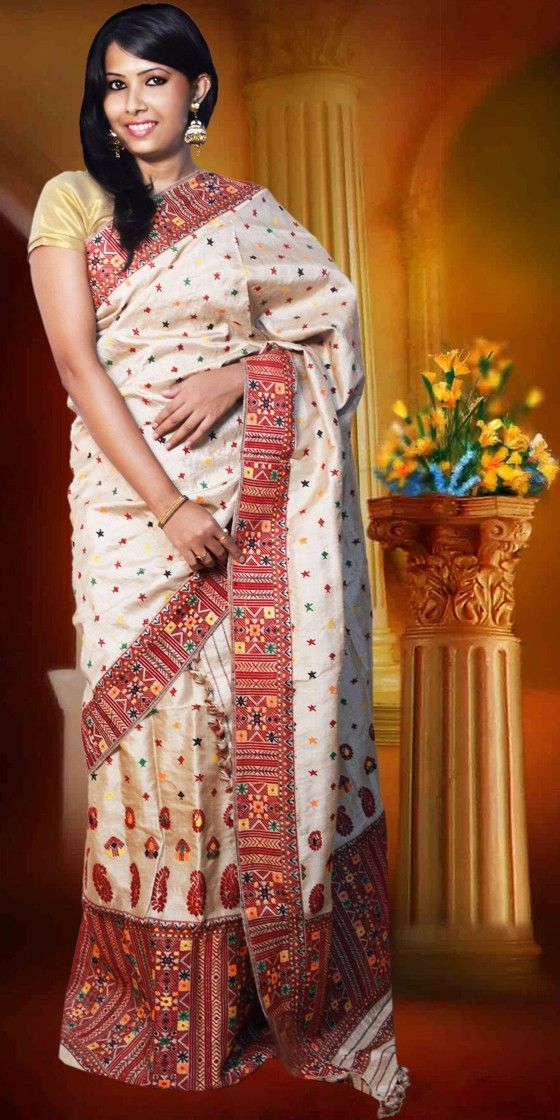 Beautiful Golden colour Assam silk  Pure Muga Mekhla Chadar with artistic Suta work giving a gorgeous look to it. This eye-catching collection is perfect for any festive occasion.The Mekhla Chadar comes with matching blouse piece, the blouse shown in the image is just for display purpose.