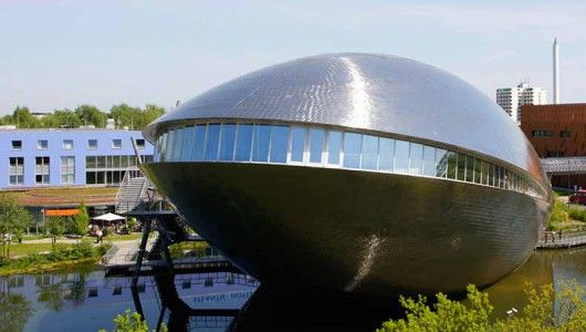 In Universum® Bremen you go on an extraordinary journey of discovery into the world of science