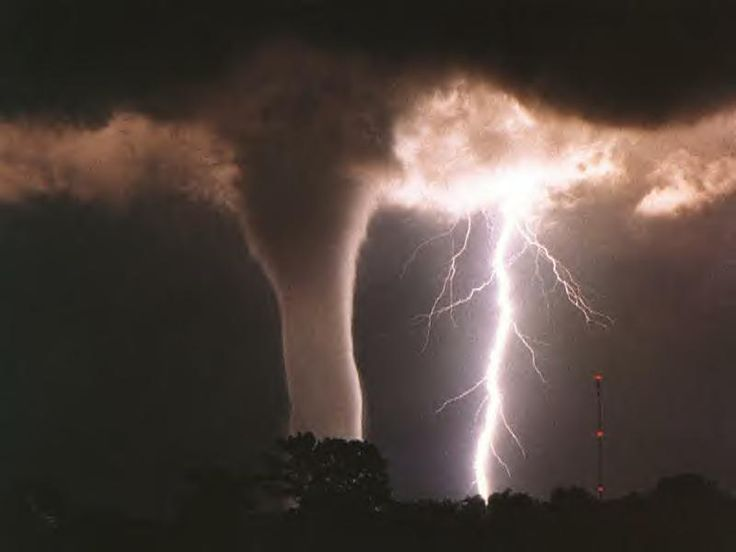 Tornado - The original unedited picture..: Storms Cellar, Incr Photo, Awesome Pics, Incredible Photo, Beautiful, Tornadoes, Extreme Weather, The Originals, Mothers Natural