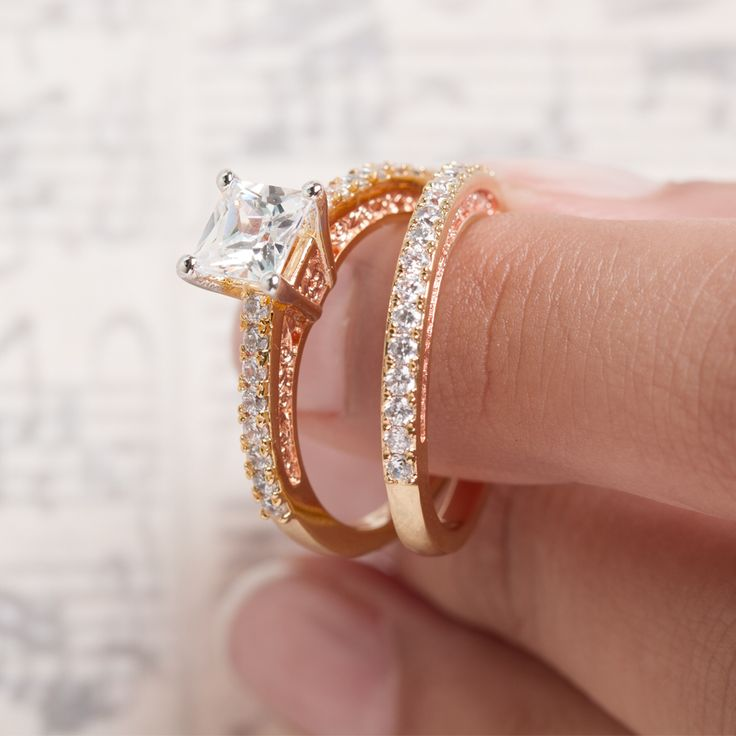 Compose The Perfect Engagement Ring With Clogau