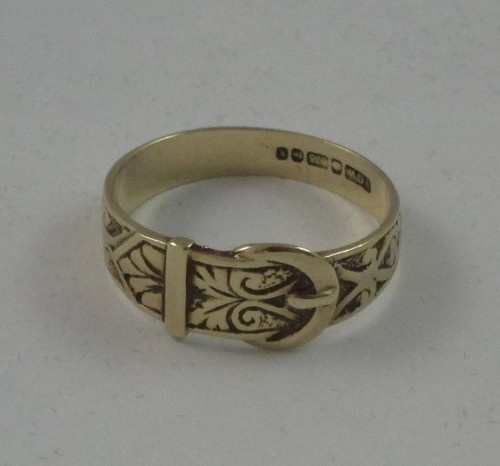 9ct Gold Vintage Buckle Ring