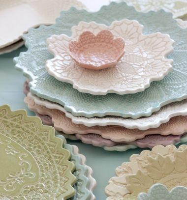Make your own lace (doily) bowls with air drying clay // Csipke tálak egyszerűen (levegőre keményedő gyurmából) // Mindy - craft tutorial collection