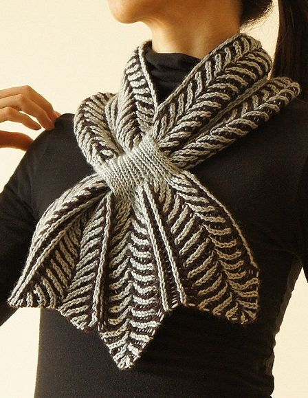 Free Knitting Pattern for Brioche Keyhole Scarf - Reversible Rodekool keyhole scarf was designed by Nancy Marchant. Pictured project by LilyLilyLily