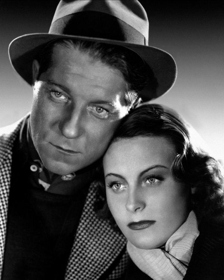 """Michèle Morgan et Jean Gabin dans """"Le Quai des brumes"""" de Marcel Carné 1938"""