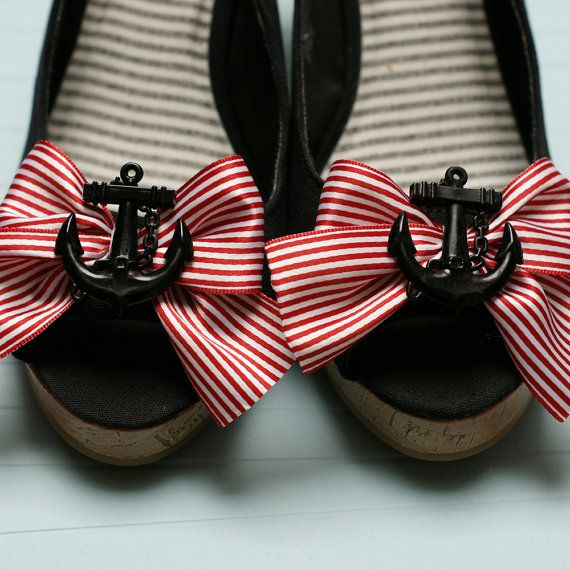 For some reason I am obsessed with anchors. I lOVE these shoes.