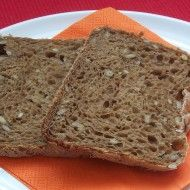 Fotografie receptu: Slunečnicový chléb z domácí pekárny