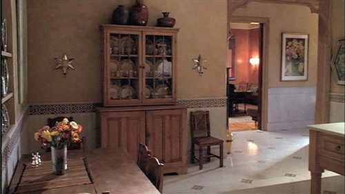 A Perfect Murder (1998) Beautiful sets and breathtaking views in this Moroccan style meets Fifth Avenue contemporary interior. Even the to-die-for kitchen still looked good as a gory crime scene. And yes, there was a wraparound terrace.