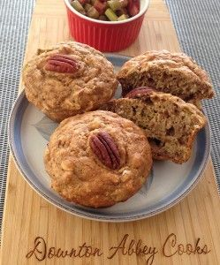 Rhubarb season is almost upon us with lots of great ways to use Edwardian favorite.  Start your day off right with healthy rhubarb oatmeal muffins.