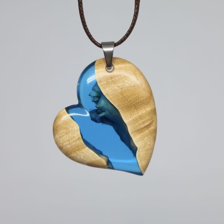 pendant wood and epoxy resin Chain