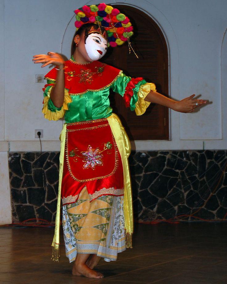 Topeng Betawi Dance