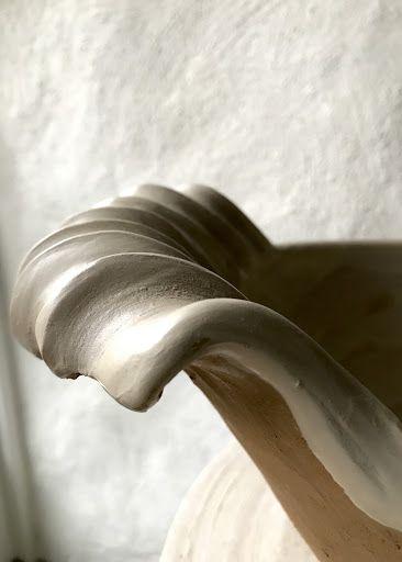 Form & Känsla: Oval skål med snäckhandtag