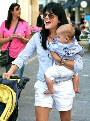 Spotted: Selma Blair and Arthur Match Up. Find matching styles at meNmommy.com