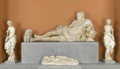 Fragments du monument funéraire de Philippe Chabot (1480-1543), comte de Brion, amiral de France | Musée du Louvre | Paris
