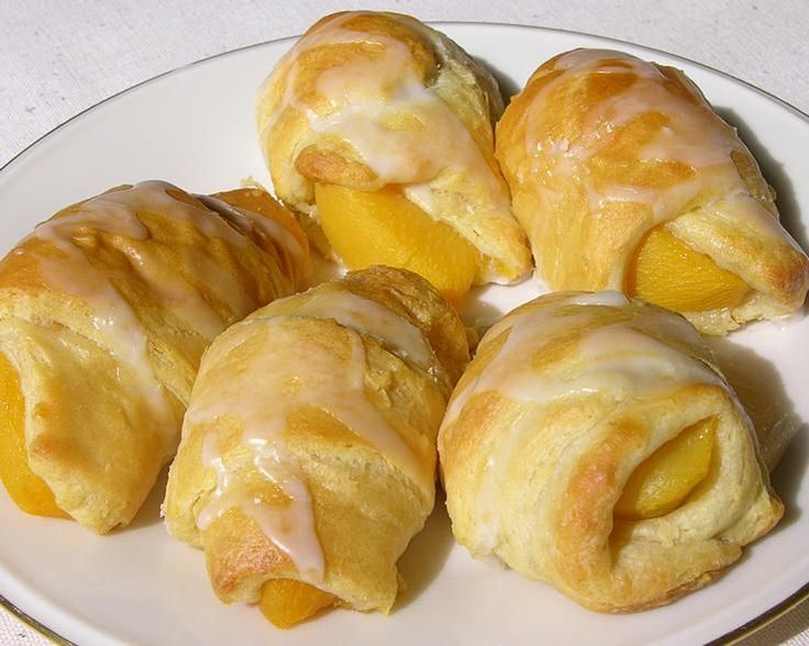 Easy peach turnovers with crescent rolls recipe that will earn rave ...