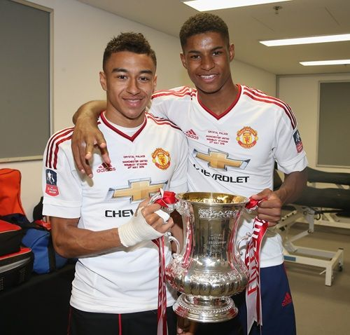 Official photos: United stars celebrate with the FA Cup - Official Manchester United Website