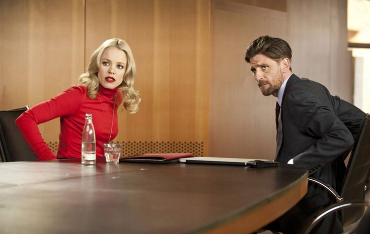 Rachel McAdams and Paul Anderson in Passion