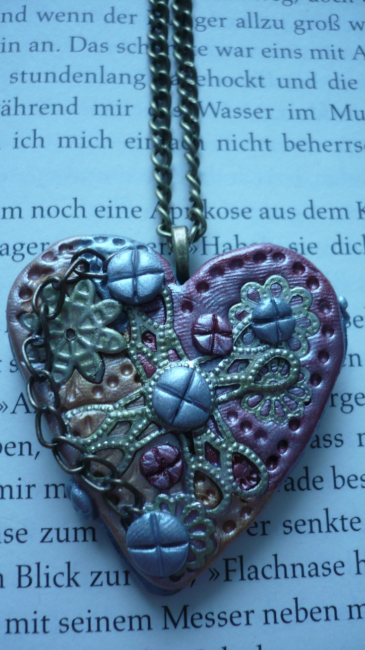 Polyclay, Poly clay, Fimo, Streampunk, Jewelry, Pendant  https://www.facebook.com/Dreamofladybutterfly?ref=hl