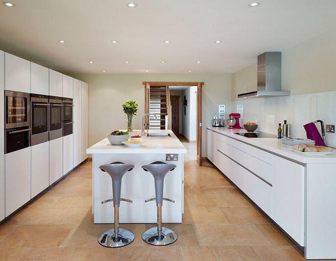 les 20 meilleures id es de la cat gorie lot de cuisine troite sur pinterest. Black Bedroom Furniture Sets. Home Design Ideas