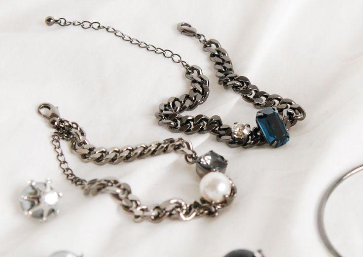 블랜체인에 진주를 더해 어떤 룩에도 잘 어울려 #체인 #주얼리 #팔찌 #진주 #악세서리 #chain #jewelry #bracelet #pearl