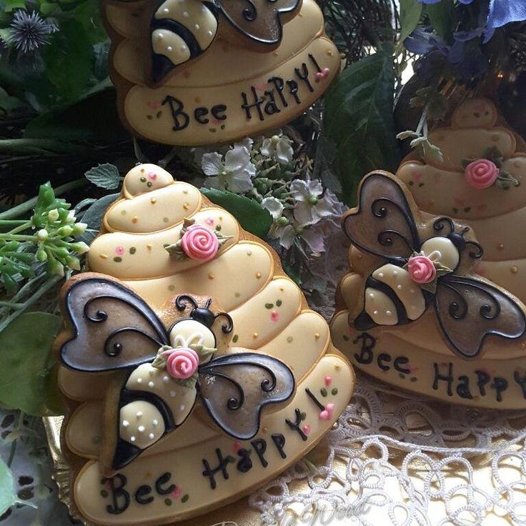 Bee bees by Teri Pringle Wood