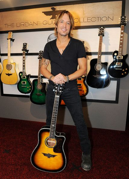 Keith Urban - Keith Urban Announces The World Premiere Of The URBAN Guitar Collection - Debuting Live On HSN November 3rd