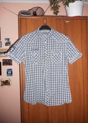 Kup mój przedmiot na #vintedpl http://www.vinted.pl/odziez-meska/koszule/10664441-mlodziezowa-koszula-z-krotkim-rekawem