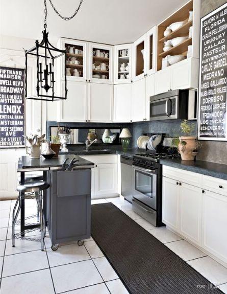 Signage: Kitchens Design, Dreams Kitchens, Lights Fixtures, Kitchens Inspiration, Black And White, Interiors Design, Kitchens Ideas, Rue Magazines, White Kitchens