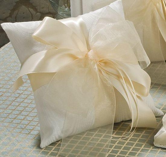 Tres Beau Ring Bearer Pillow