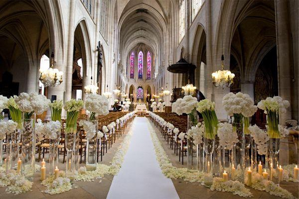 gorgeous ceremony floral details, aisle
