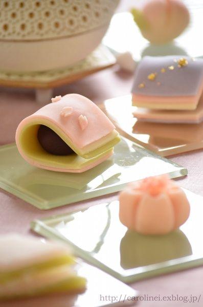 雛祭りの練りきり Homemade Japanese Sweets of the Doll's Festival : お茶の時間にしましょうか-キャロ&ローラのちいさなまいにち- Caroline & Laura's tea break