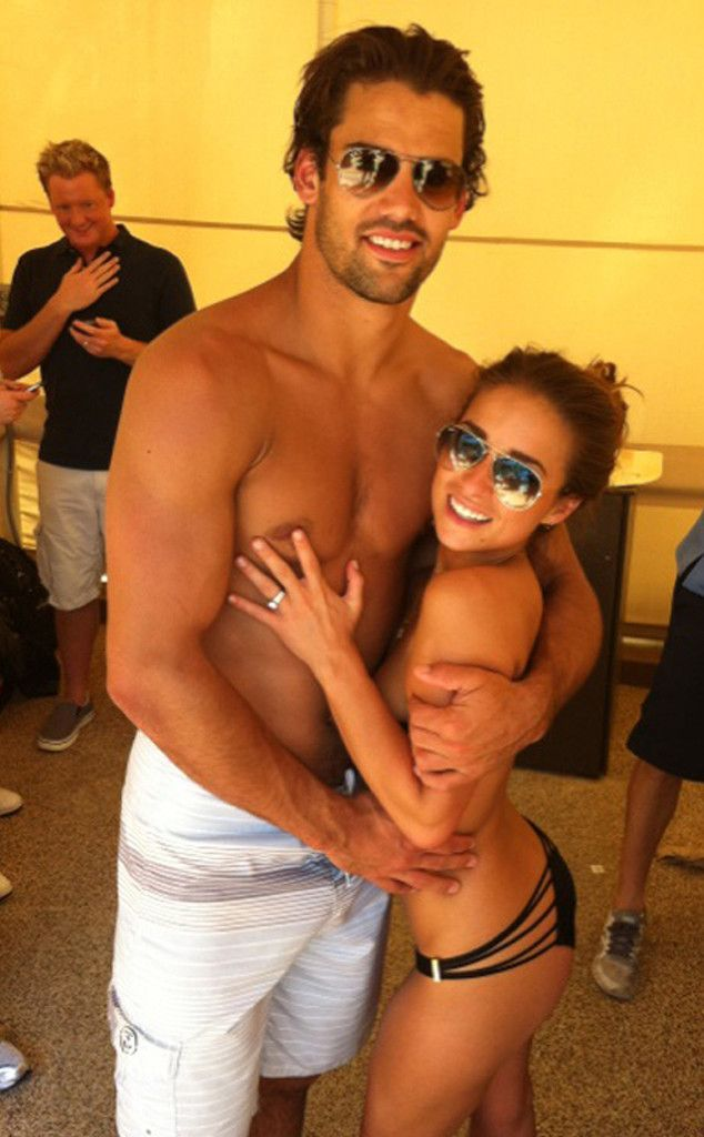 Jessie James and Eric Decker's House Rules: Nudity and...Manscaping? #celebrities #jessiejames #ericdecker
