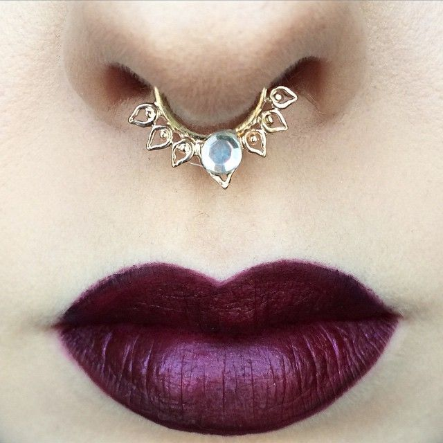 Sad Girl liquid lipstick @anastasiabeverlyhills & @norvina || Septum @vidakush