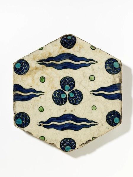 Tile. Damascus, ca. 1550-1600 (Victoria & Albert Museum