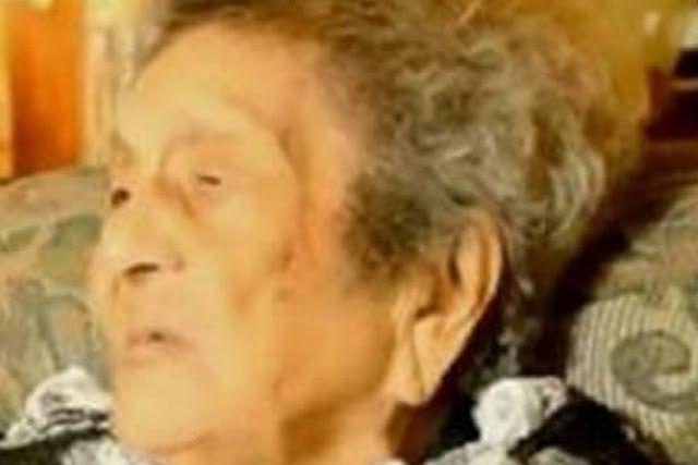 Wow nenek ini baru lulus SD di usia 100 tahun