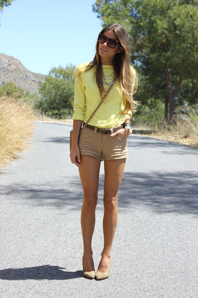 Best 25  Yellow shorts outfit ideas only on Pinterest | Summer ...