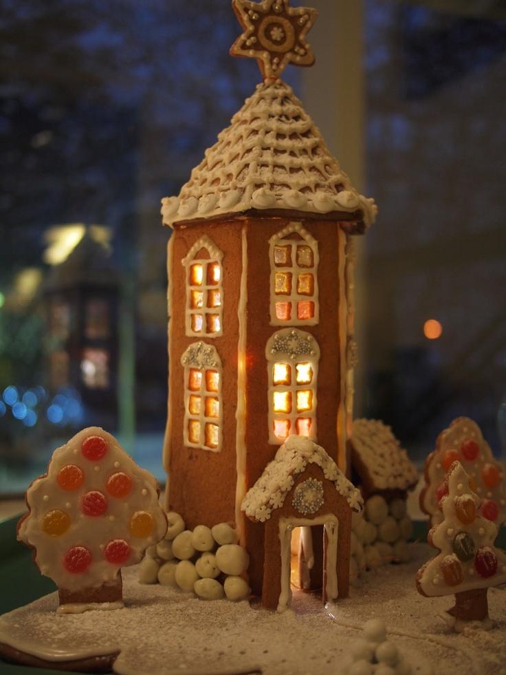 moomin gingerbread house! Kaksosten kotitalo: Vaihtoja