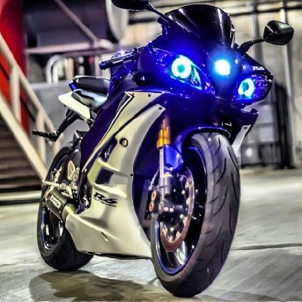 YAMAHA R6 @Carrie Rector