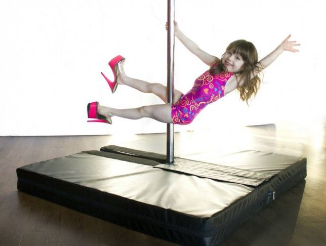 How to choose the right pole dancing outfit for your kids