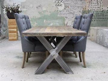 SUPER AANBIEDING: eiken tafel met kruispoot NU slechts € 795