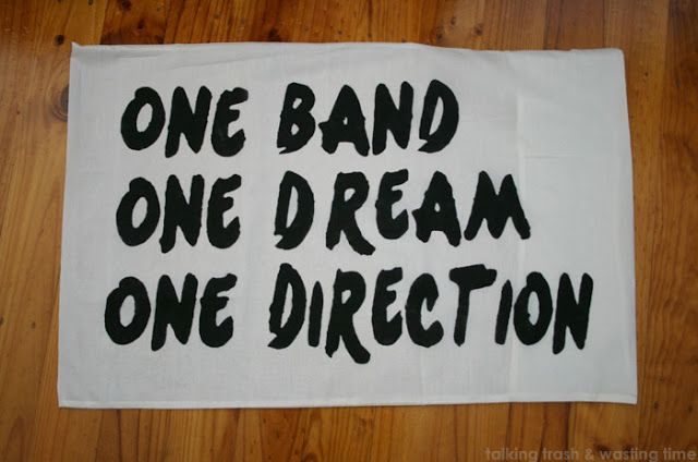 DIY One Direction pillowcase!!!!! AHHHH! WITH INSTRUCTIONS!