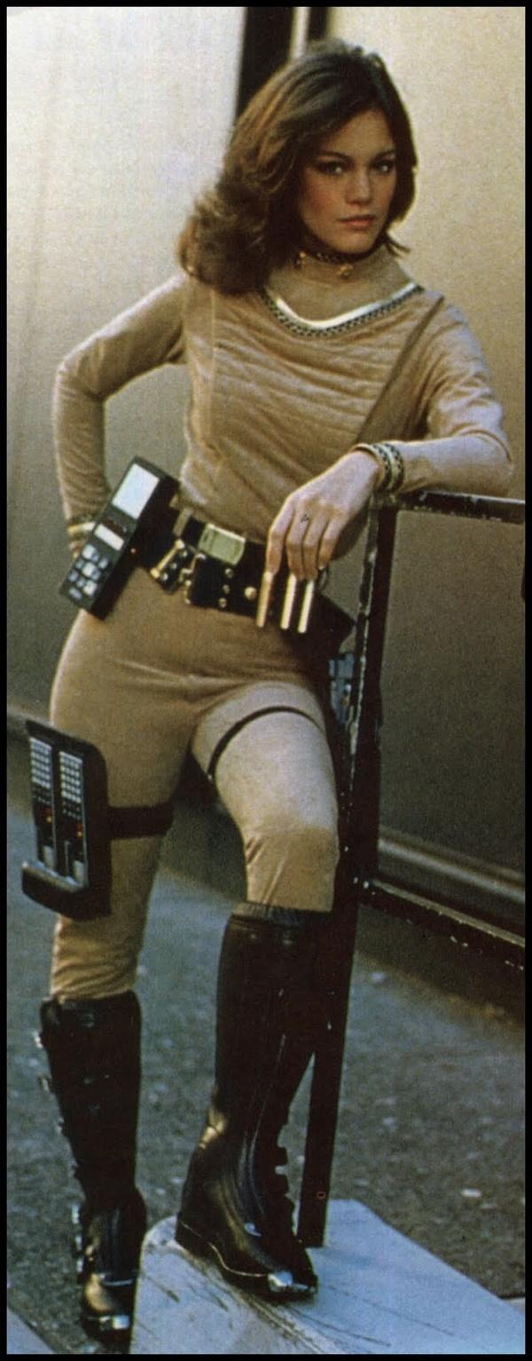 I like the computer tablet on her leg; very convenient. Maren Jensen, OG Battlestar Galactica.