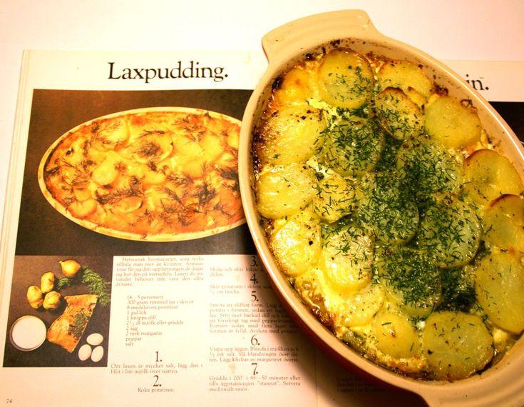 Det ska direkt erkännas att jag aldrig lagat laxpudding även om jag är en husmanskostaficionado. När det bjuds laxpudding som lunchrätt är jag ofta ganska skeptisk eftersom de ofta smakar tranigt. ...
