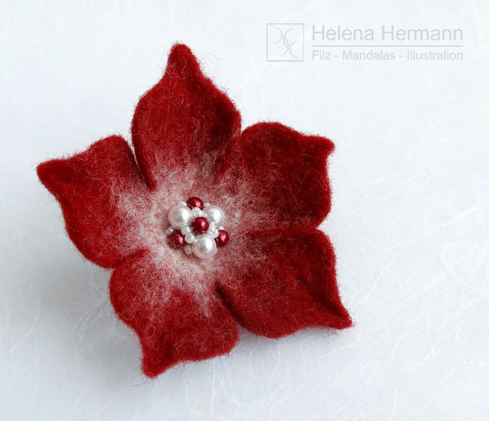 Filzblume, Felt flower brooch by Helena Hermann