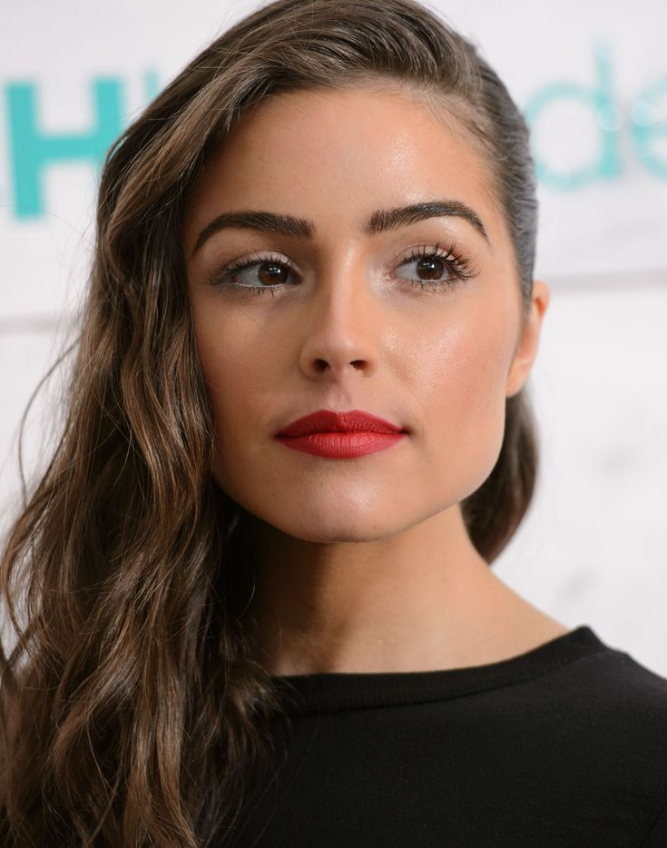 If you need to find me today, I'll be at my computer staring at this picture of Olivia Culpo. I find the former Miss Universe (and girlfriend of Nick Jonas) is so stunning that at the John Frieda Beach Blonde event when she walked in last night, I turned my head alllllllll the way around as she walked by and questioned whether what I was seeing was a vision conjured by a cold-induced delirium. I became creepy. And, Lord help me, I couldn't stop staring. I mean, how are her features this ...